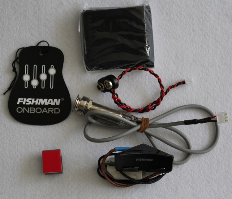fishman acoustic guitar sonitone model w/sonicore pickup,battery bag and end  pin